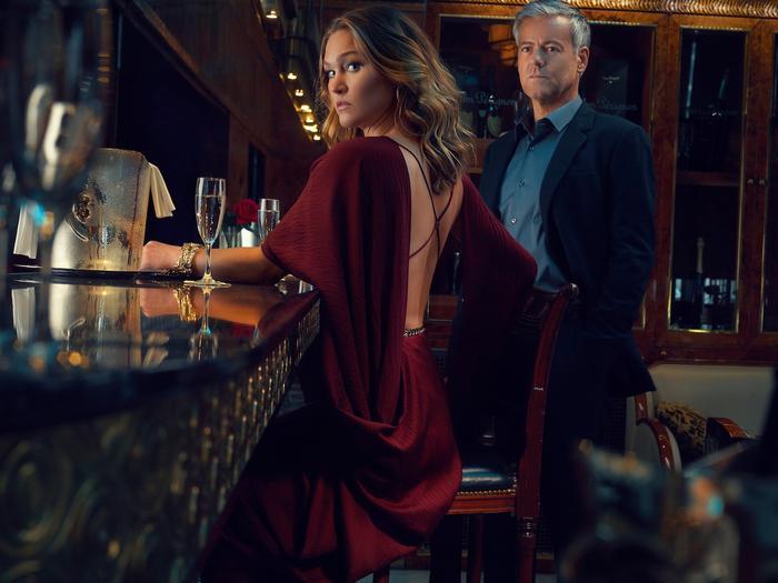 Riviera - season 3, Julia Stiles, Rupert Graves
