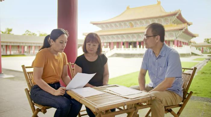Every Family Has A Secret, Olivia, Li Ying, Professor Hong-zen Wang