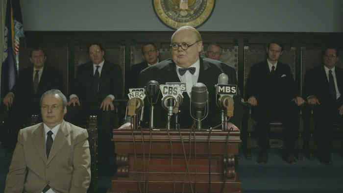 Louie Anderson as Roosevelt