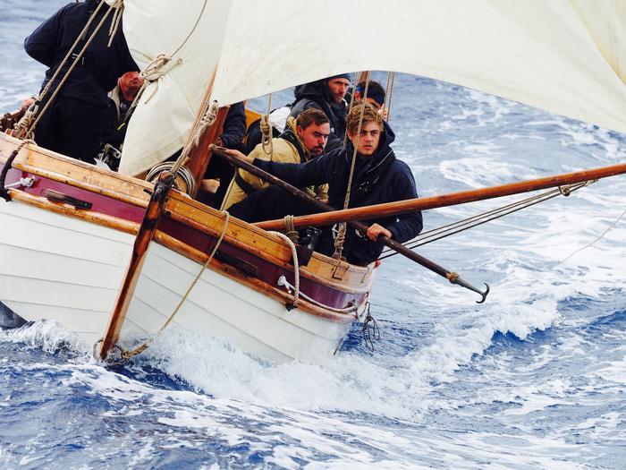 Mutiny boat