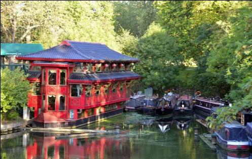 Feng Shang Princess, floating restaurant UK