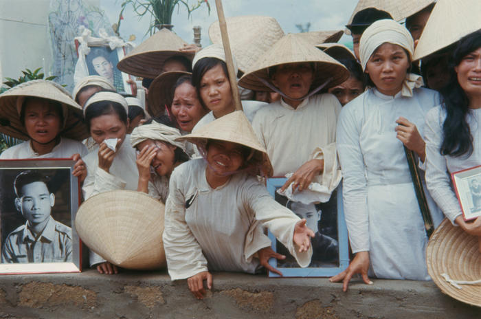 Relatives mourn the dead following the Tet Offensive.