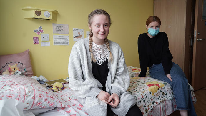 Stacey Dooley: Back on the Psych Ward