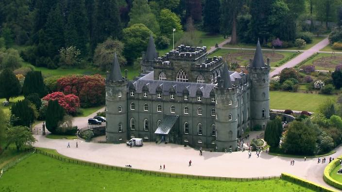 50 Best Scottish Castles and Manor Houses (Photos)  Scotland Manors