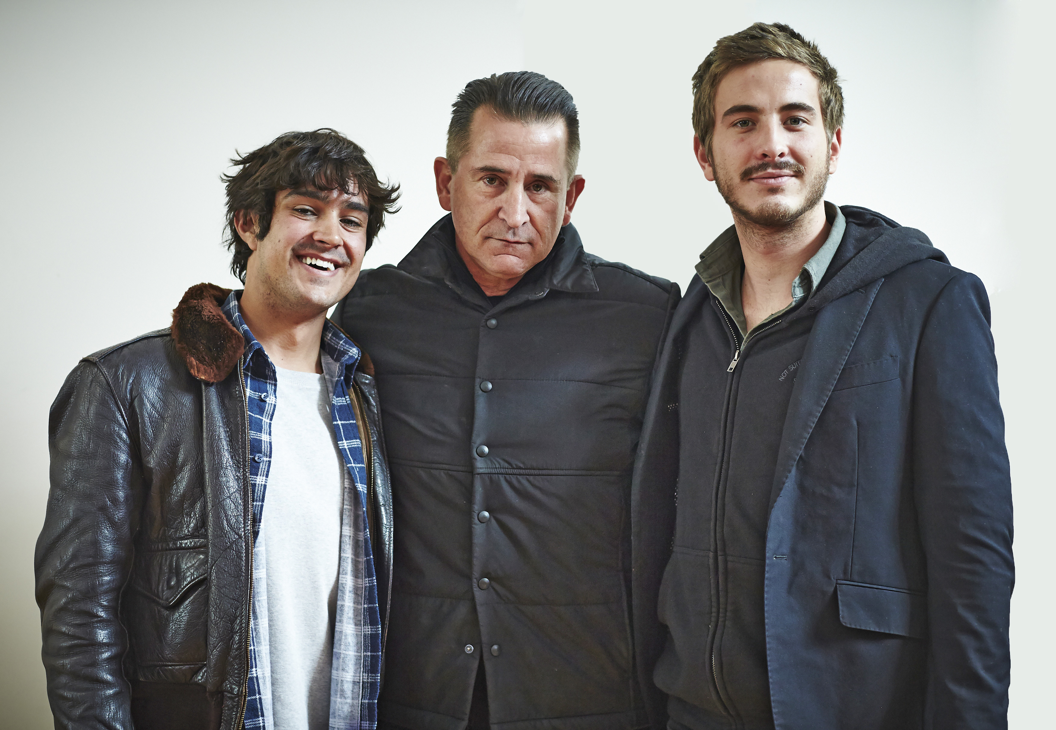 LaPaglia, Pearce set to shoot Holding The Man for director ...