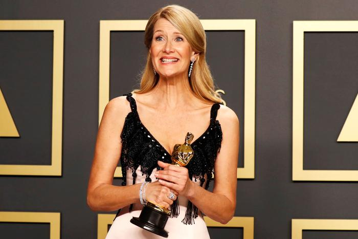 Laura Dern took out Oscar for Actress in a Supporting Role.