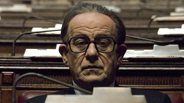 Italian director paolo sorrentino to shoot film about - Film il divo streaming ...