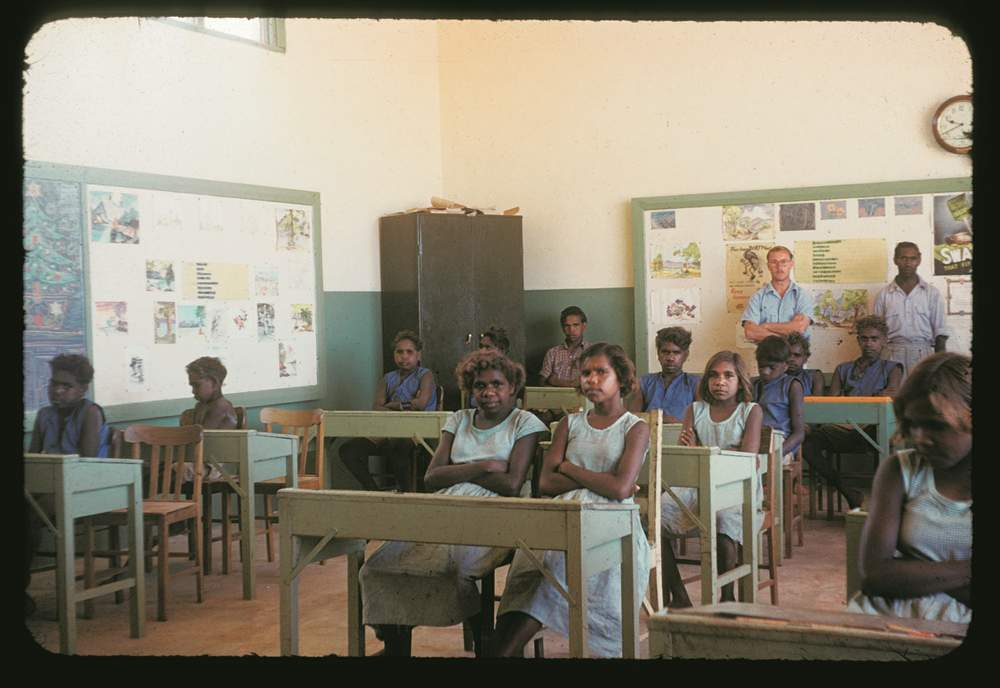 'We only learnt a little bit', older Hermannsburg students. (Image: Strehlow Research Centre)