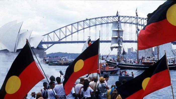 Aboriginal protests on Sydney Harbour on Australia Day celebrations
