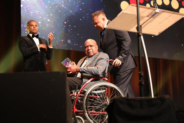 Archie Roach accepts Lifetime Achievement Award at the National Dreamtime Awards 2018