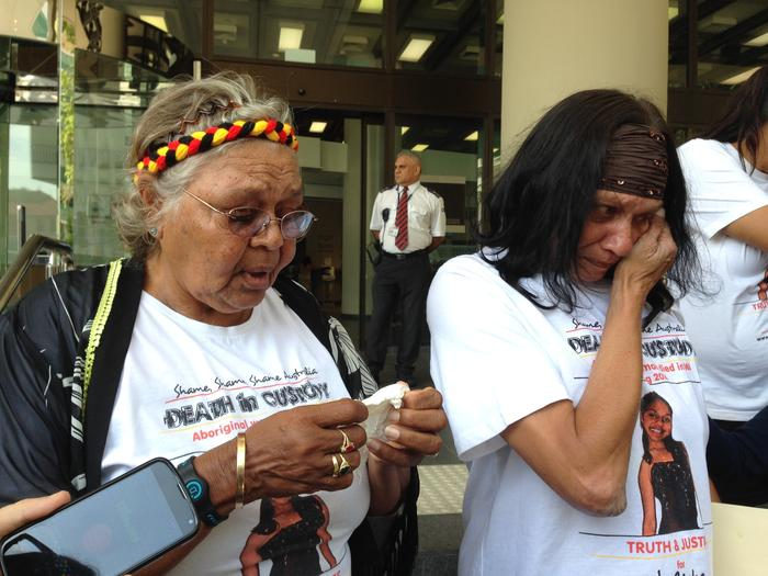 The family and supporters of Julieka Dhu outside court in Perth on Monday, Nov. 23, 2015. Her grandmother Carol Roe (L) and mother Della Roe spoke to reporters before an inquest into Ms Dhu's death began. (AAP Image/Angie Raphael) NO ARCHIVING