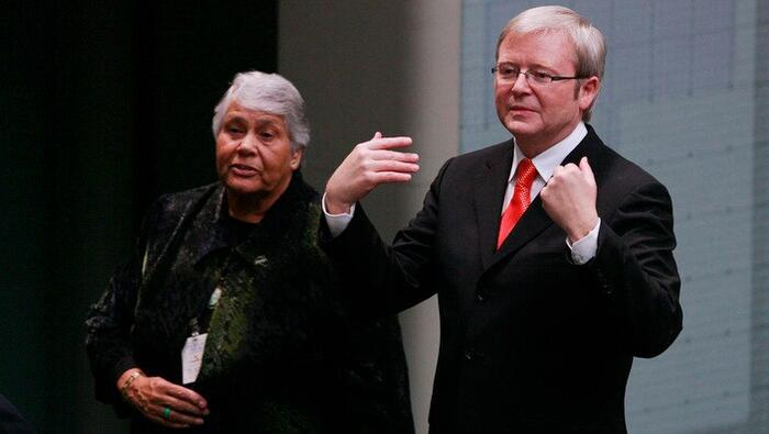 Lowitja O'Donoghue Kevin Rudd following his National Apology