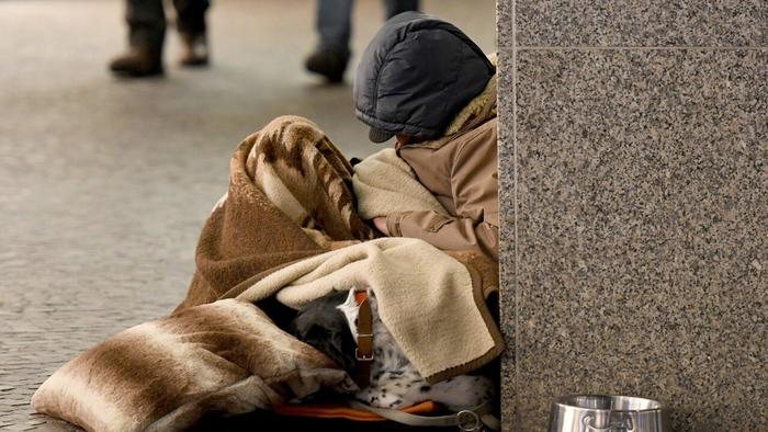 Report reveals more than 13 per cent of Australians live in poverty