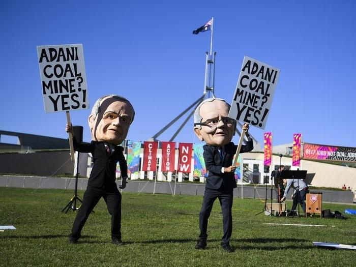 Adani has got federal approval for its groundwater plan.