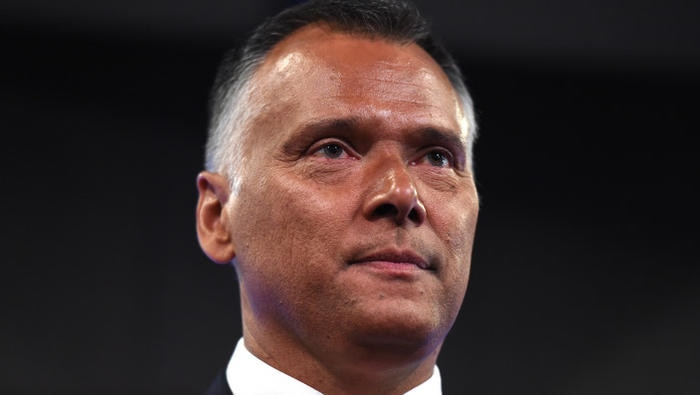 Indigenous Australians call on politicians to have 'the difficult conversation'