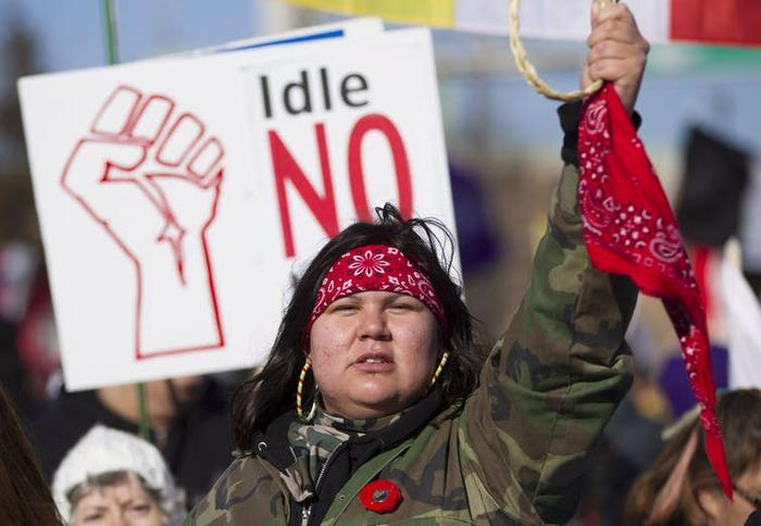About 1,000 Idle No More protesters demonstrate in Windsor, Ont., in 2013