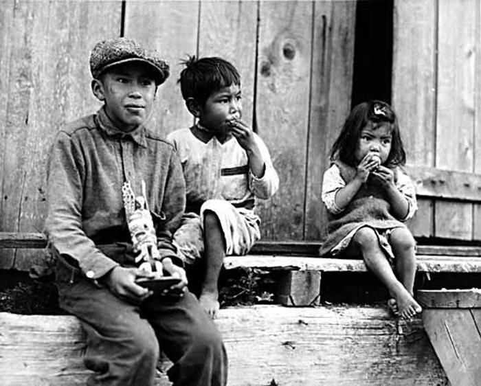 Children in Friendly Cove, B.C.