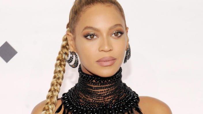 does changing style of hair or dress help black people avoid stigma