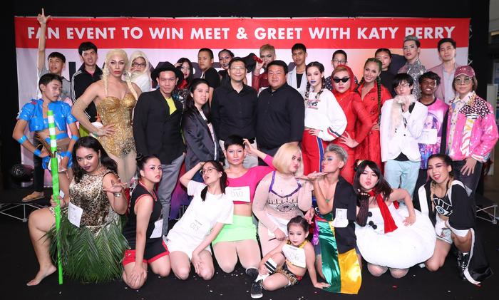 Fans audition to win meet greet with katy perry in thailand sbs katy perry meet amp greet auditions thailand m4hsunfo