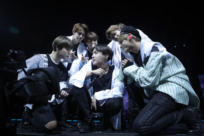 Review Bts Live Trilogy Episode Iii The Wings Tour In
