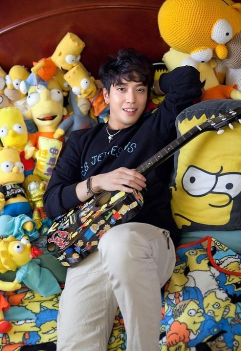 CNBLUE Yong-hwa Simpsons