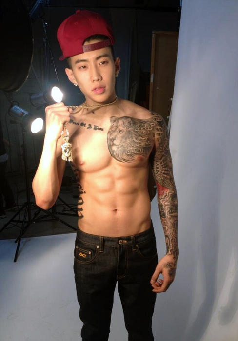 The 20 Best Sets Of Abs In Asian Pop Sbs Popasia