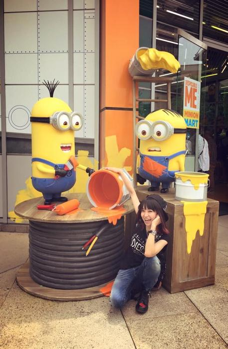 LiSA with minions