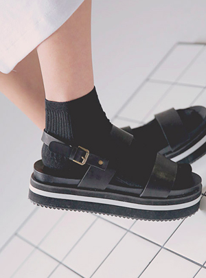 socks with strap sandals