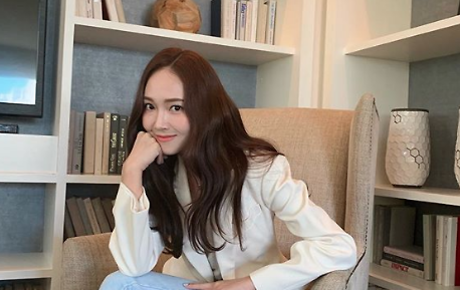 Jessica Jung to debut first novel 'Shine'