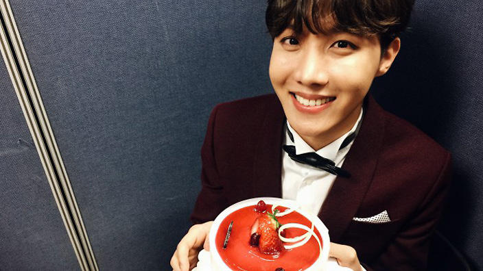 Video Bts J Hope Remembers The Tears On His 22nd B Day