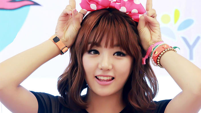 ladies_code_eunb_happy.jpg?itok=JZnbo4MK
