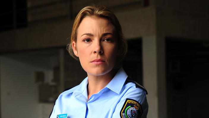 mirrah foulkes hawaii five 0