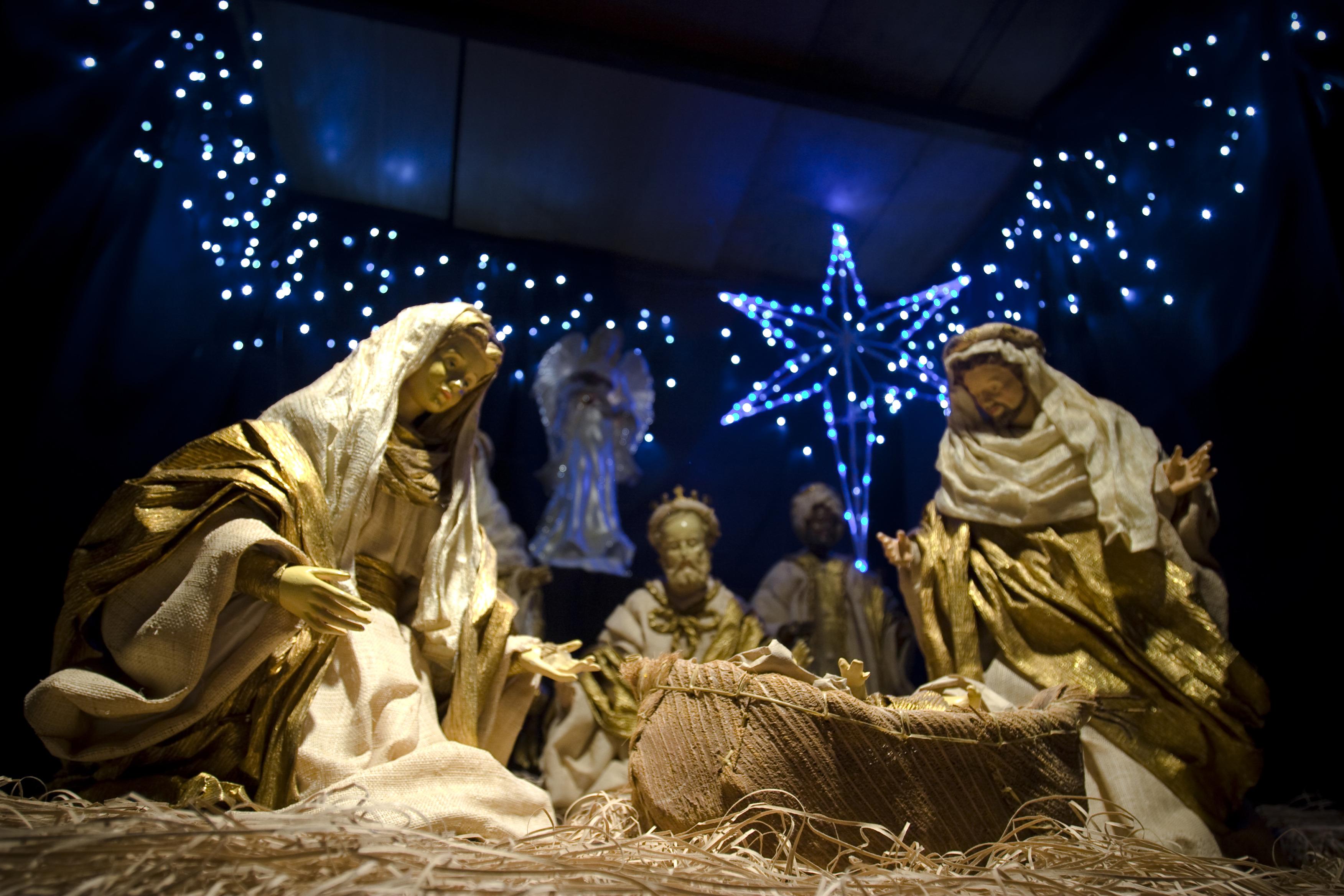 How do atheists celebrate Christmas? | SBS Life