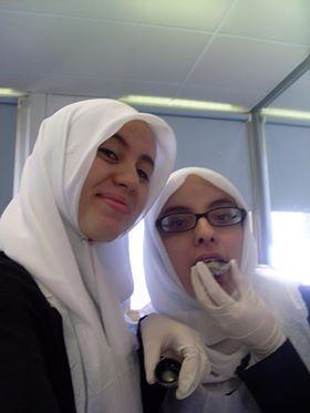 Aicha Marhfour (right)