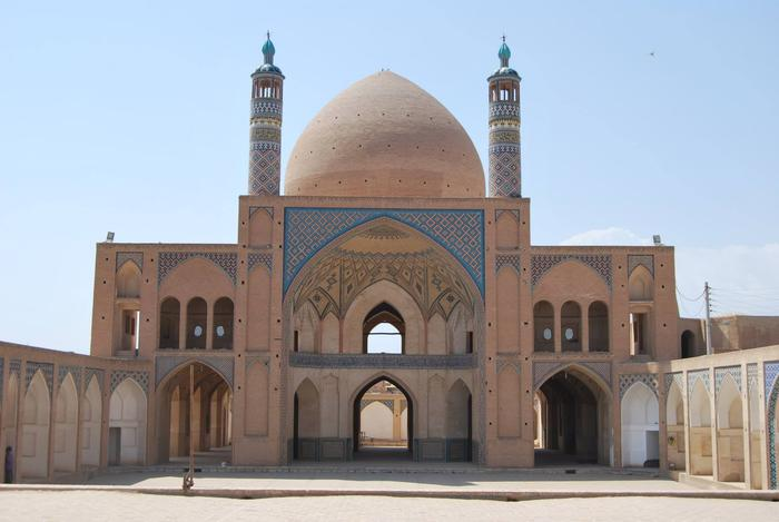 A spectacular stone mosque in Kashan, iran