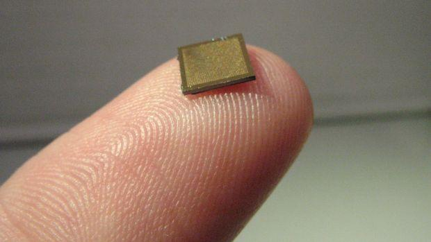 this is how big the nanopatch is
