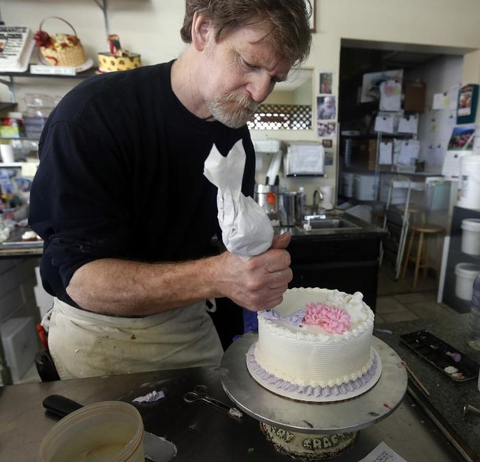US Attorney General reaffirms support for Christian bakers who refuse to make gay wedding cakes