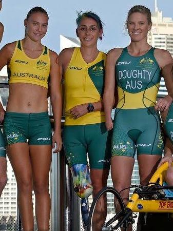 2016 Australian Paralympic Team uniform facebook