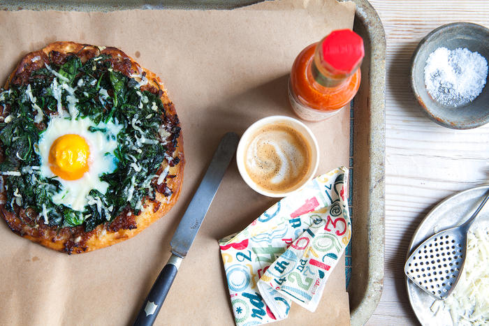 Egg and bacon jam breakfast pizzas