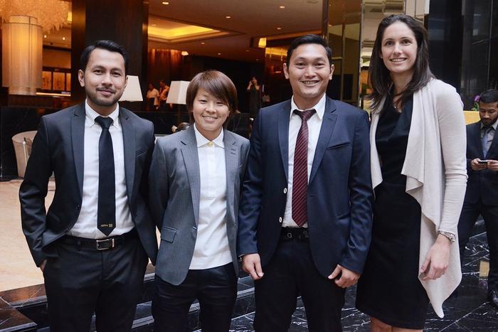 Aya Miyama with FIFPro members