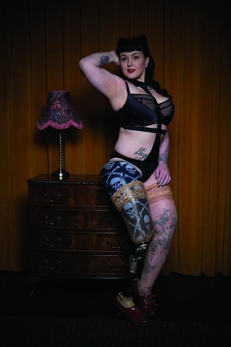 Taylor Crisp poses for lingerie label Curvy Kate.