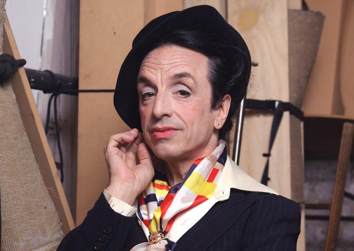 Loving The Alien Paul Capsis Becomes Quentin Crisp