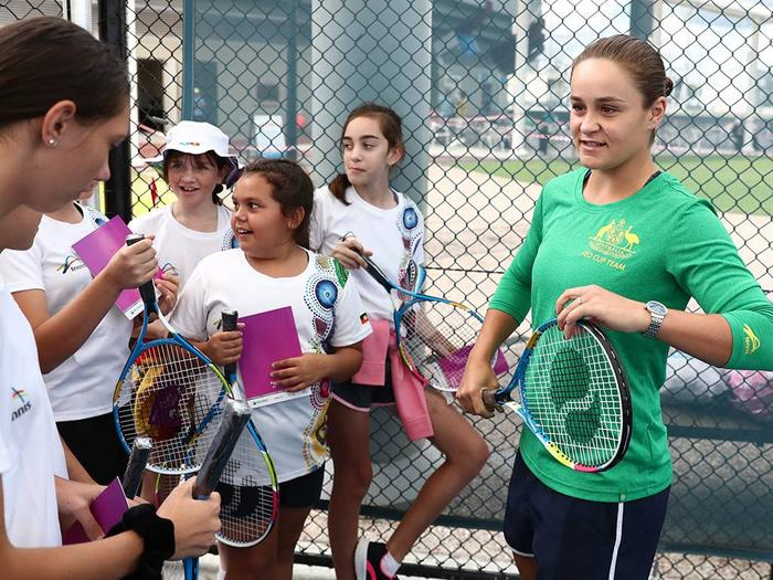 Ash Barty meeting up and coming Indigenous tennis stars ahead of the Fed Cup in February.