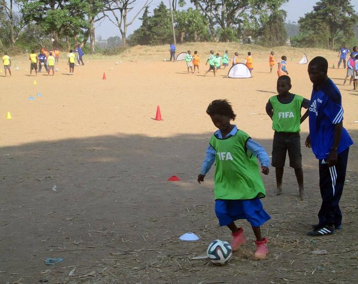 Malawi girls at grassroots
