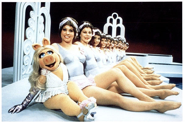 Miss Piggy and Synchronised Swimming