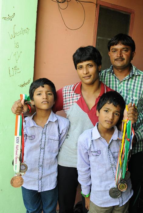 pro wrestler neetu and her family