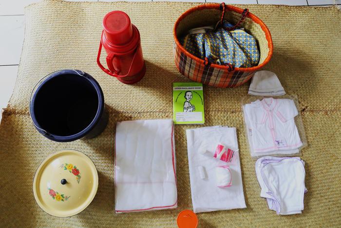 Claudine's maternity basket