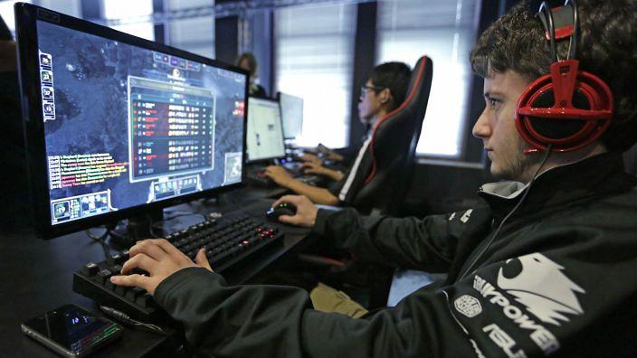 Image result for Increase playing skills while playing games at online