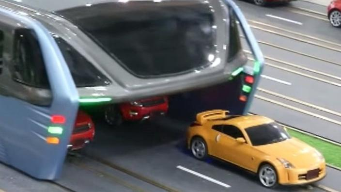 Bus That Drives Over Cars Hits The Road In China Sbs Science