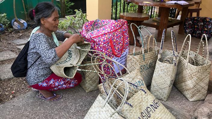 filipino women